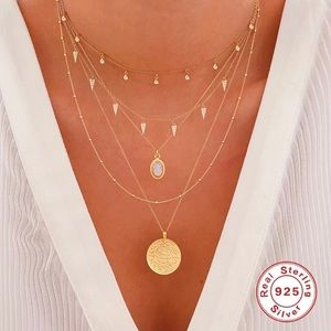 Dangling Crystal Arrowheads Gold-Plated Necklace